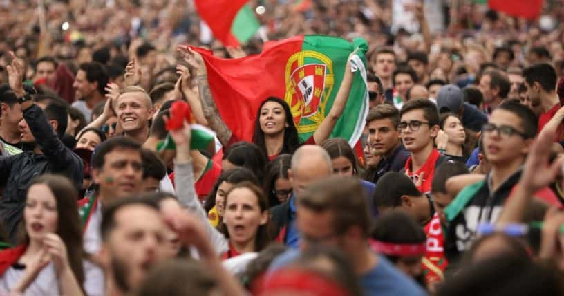 Portuguese People 1 - Retire Early in Portugal