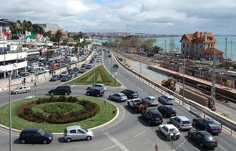 Portuguese Roundabout - Retire in Portugal